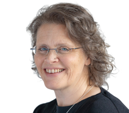 Associate – Lisa Bunders